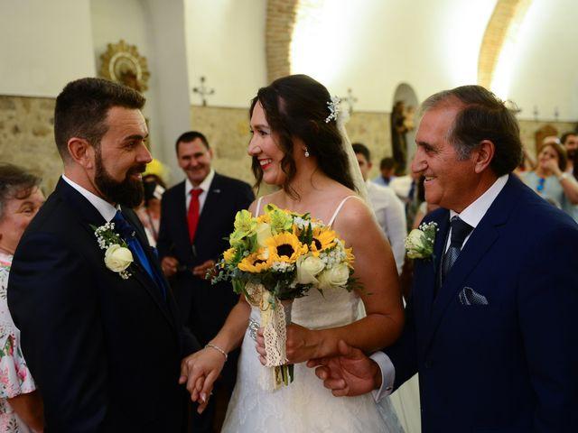La boda de Abiguei y André en Navalmoral De La Mata, Cáceres 27