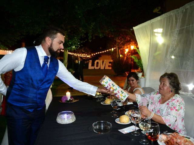La boda de Abiguei y André en Navalmoral De La Mata, Cáceres 64