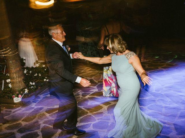La boda de Sergio y Samantha en Valverde Del Fresno, Cáceres 51