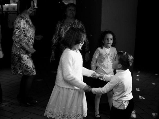 La boda de Juan y María en Alella, Barcelona 142