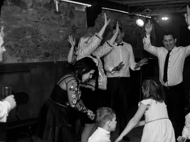 La boda de Juan y María en Alella, Barcelona 143