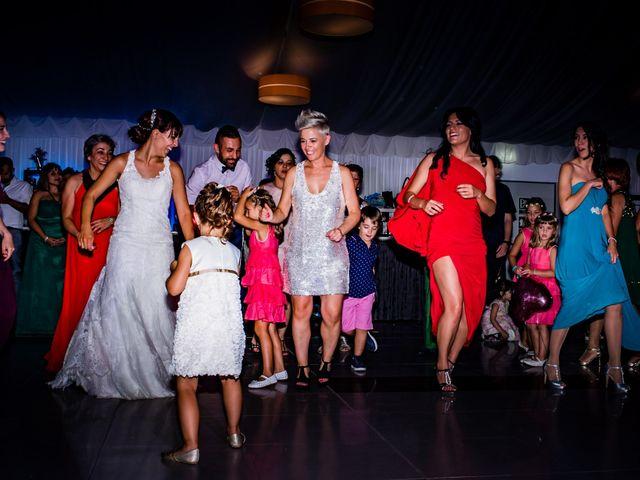 La boda de Toño y Vero en Carrizo De La Ribera, León 32