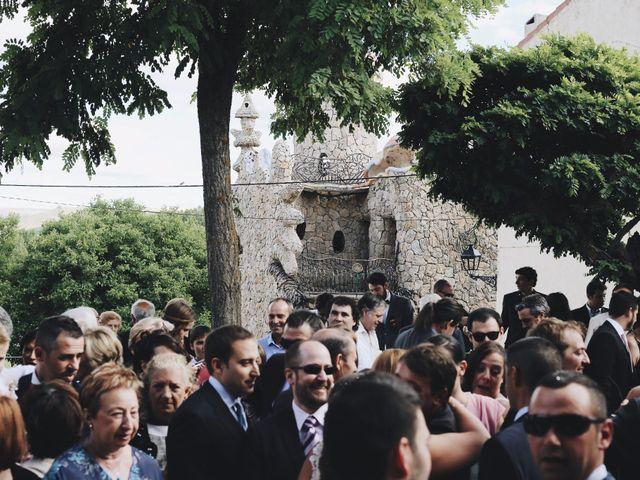 La boda de Óscar y Celia en Rillo De Gallo, Guadalajara 36