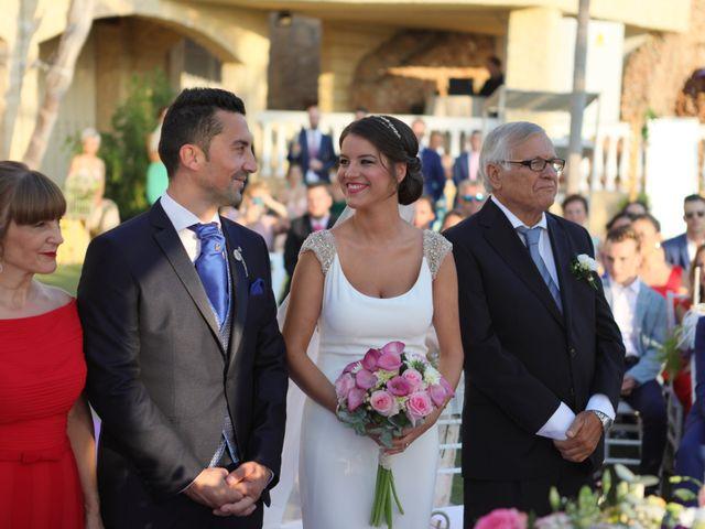 La boda de Iván y Elena en Alhaurin El Grande, Málaga 25