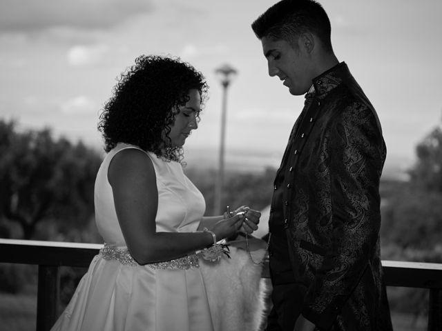 La boda de Juan y Nazaret en Mérida, Badajoz 37