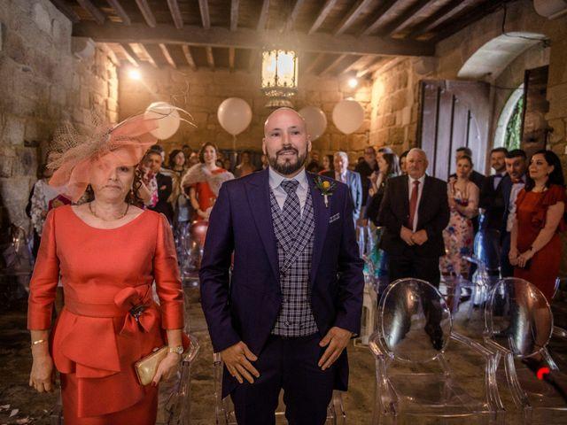 La boda de Gero y Cris en Xunqueiras, A Coruña 35
