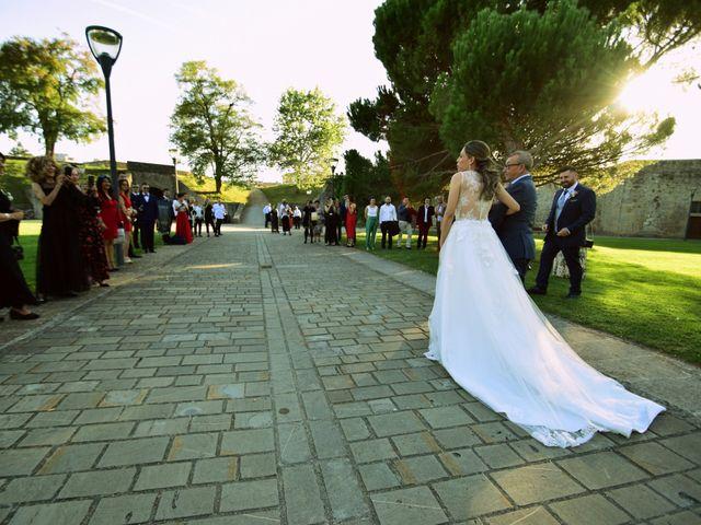 La boda de Manu y Rosana en Pamplona, Navarra 13