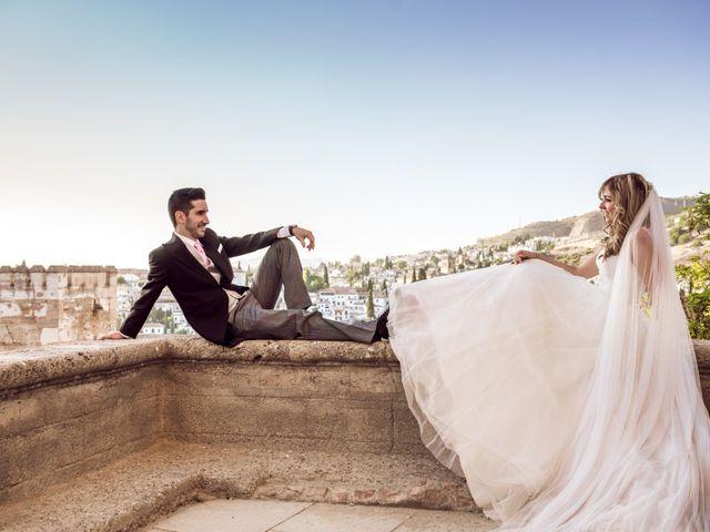 La boda de María del Mar y Juan Antonio en Granada, Granada 25