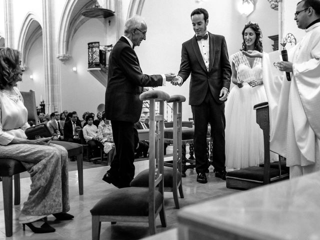 La boda de Santi y Marina en Madrid, Madrid 13