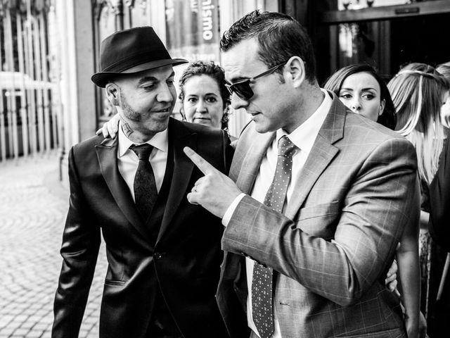 La boda de Carlos y Patricia en Madrid, Madrid 23