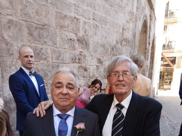 La boda de Carlos y Gema en Valencia, Valencia 6
