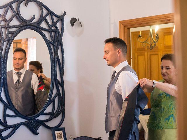 La boda de Manuel y Lydial en Chiclana De La Frontera, Cádiz 3