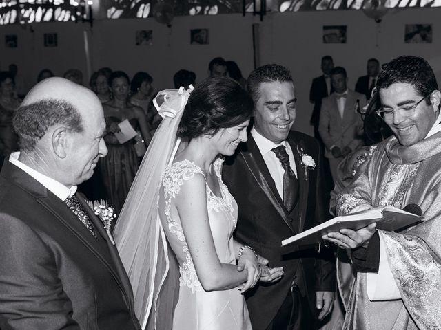 La boda de Javi y Eva en El Batan, Cáceres 19