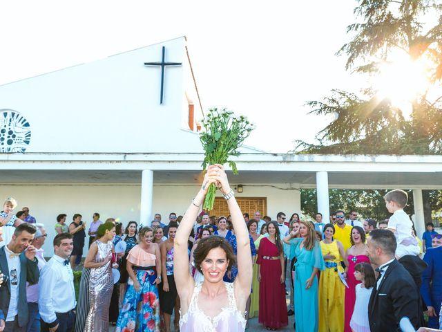 La boda de Javi y Eva en El Batan, Cáceres 23