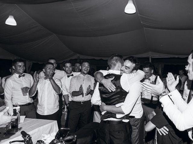 La boda de Javi y Eva en El Batan, Cáceres 36