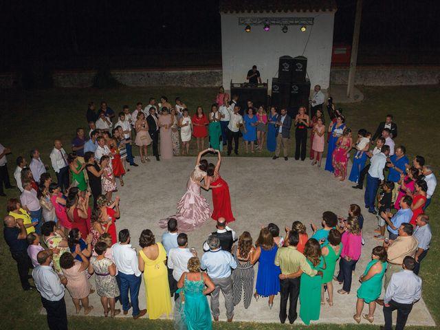 La boda de Javi y Eva en El Batan, Cáceres 39