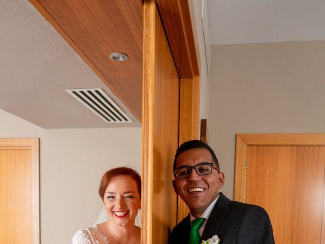 La boda de Jhonatan y Diana en Arrecife, Las Palmas 30