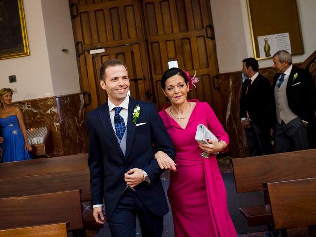 La boda de Raul y Diana en Puertollano, Ciudad Real 25