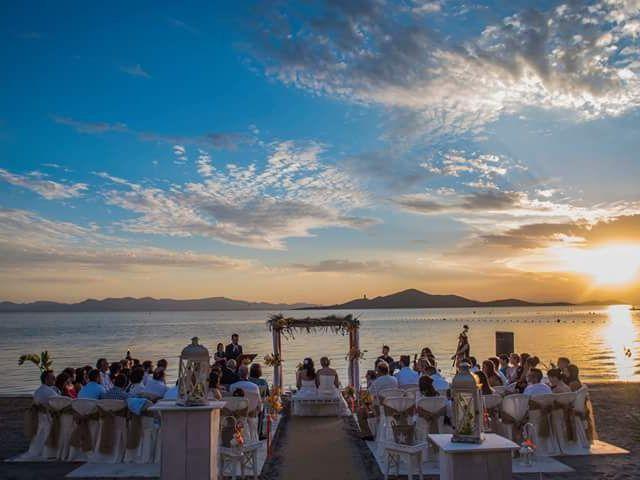 La boda de Iliana  y Maria en La Manga Del Mar Menor, Murcia 1