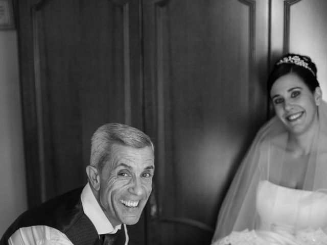 La boda de Mario y Elizabeth en Loja, Granada 10