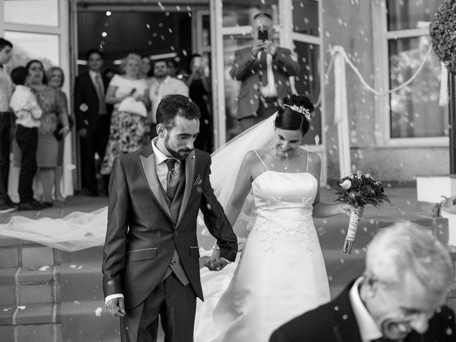 La boda de Mario y Elizabeth en Loja, Granada 21