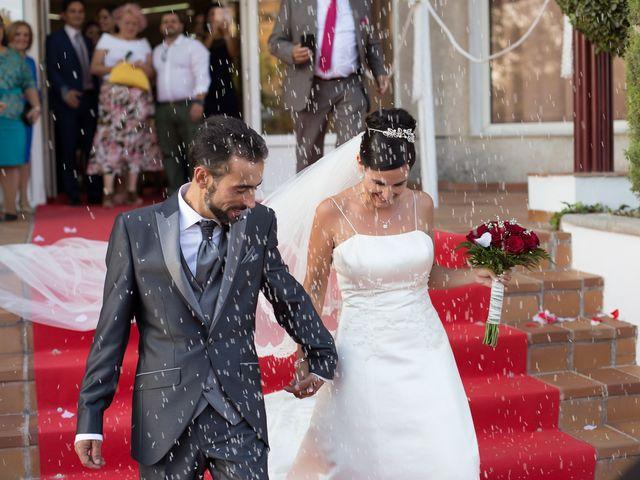 La boda de Mario y Elizabeth en Loja, Granada 22