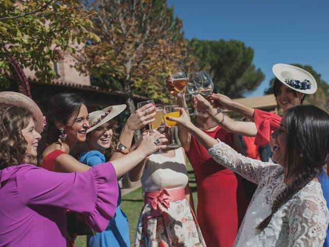 La boda de Rubén y Elsa en Pozal De Gallinas, Valladolid 23