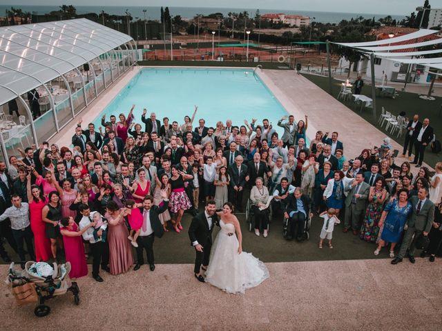 La boda de Davide  y Victoria  en La/villajoyosa Vila Joiosa, Alicante 1