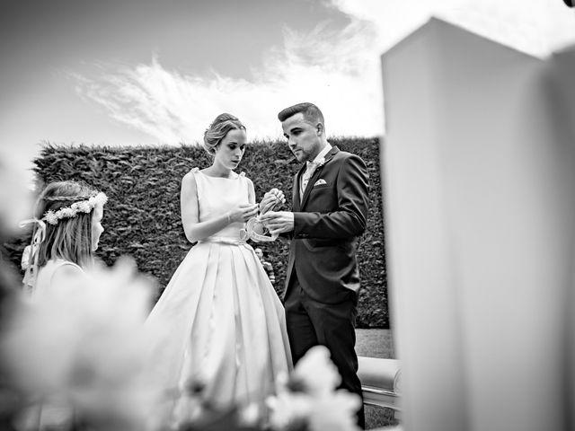 La boda de Manuel y Arancha en Ponferrada, León 17