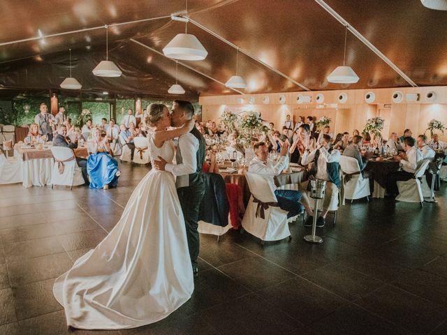 La boda de Manuel y Arancha en Ponferrada, León 37