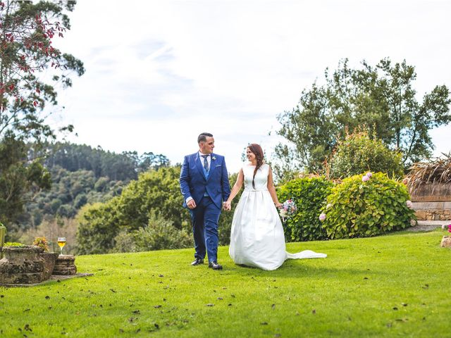 La boda de Alberto y Lara en San Cucao, Asturias 14