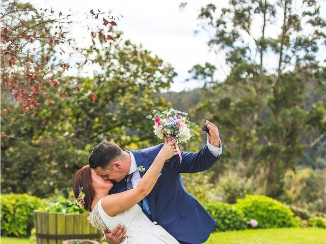 La boda de Alberto y Lara en San Cucao, Asturias 15