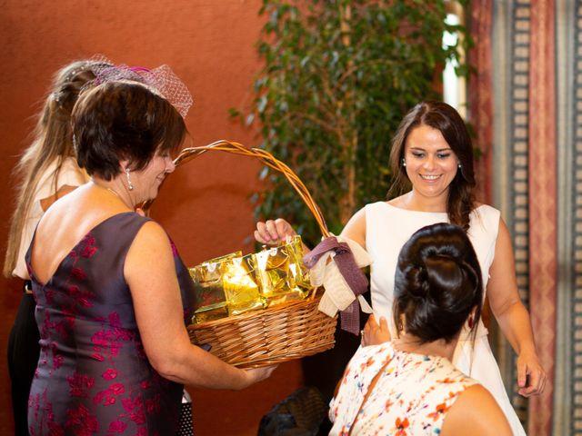 La boda de Alberto y Lara en San Cucao, Asturias 20