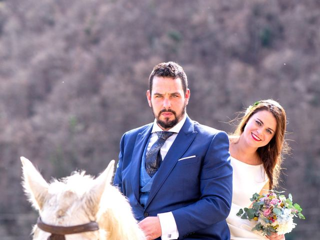 La boda de Alberto y Lara en San Cucao, Asturias 26