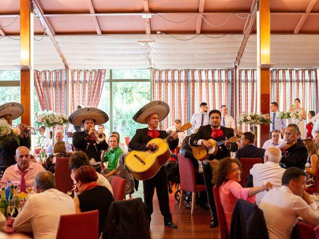 La boda de Alberto y Lara en San Cucao, Asturias 21