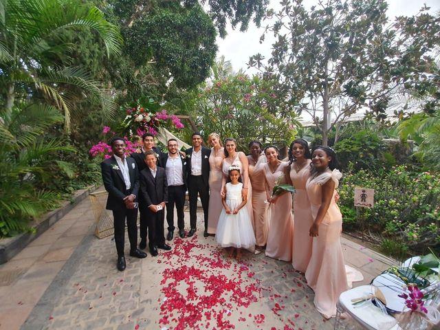 La boda de Miles y Cherie en Santa Cruz De Tenerife, Santa Cruz de Tenerife 9