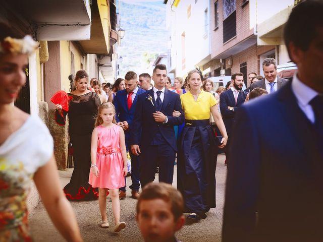 La boda de Isidro y Melissa en Cabezuela Del Valle, Cáceres 61
