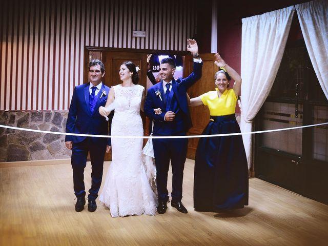 La boda de Isidro y Melissa en Cabezuela Del Valle, Cáceres 83