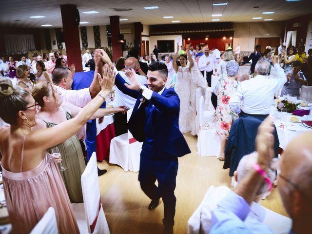 La boda de Isidro y Melissa en Cabezuela Del Valle, Cáceres 85