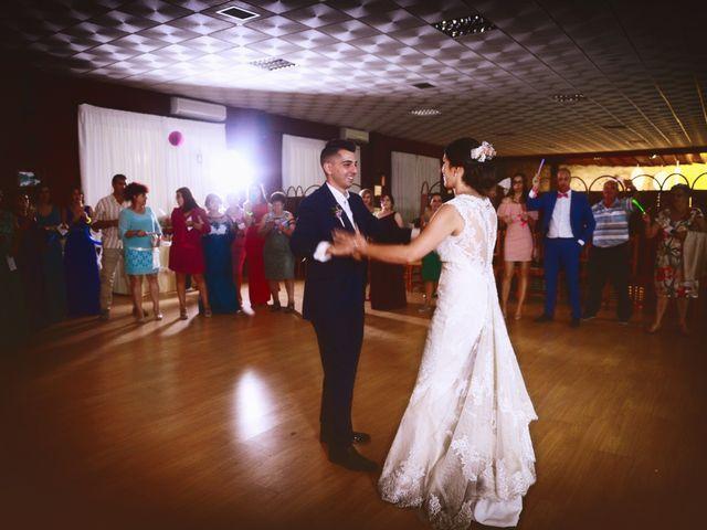 La boda de Isidro y Melissa en Cabezuela Del Valle, Cáceres 93