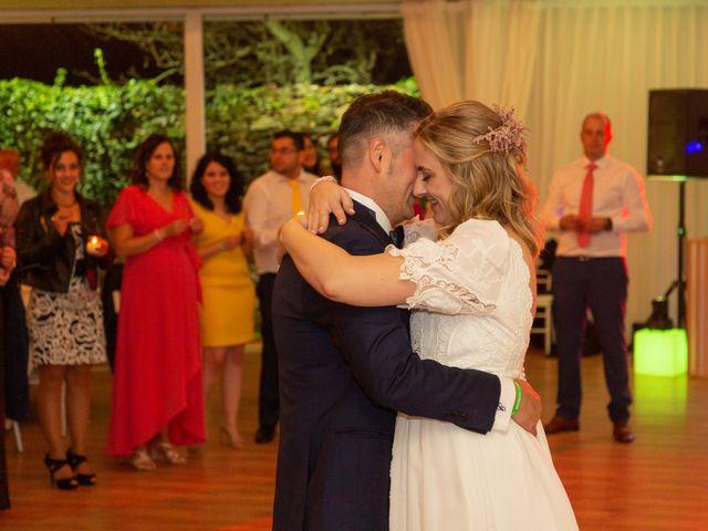 La boda de Carlos y Emma en Viveiro (Casco Urbano), Lugo 42