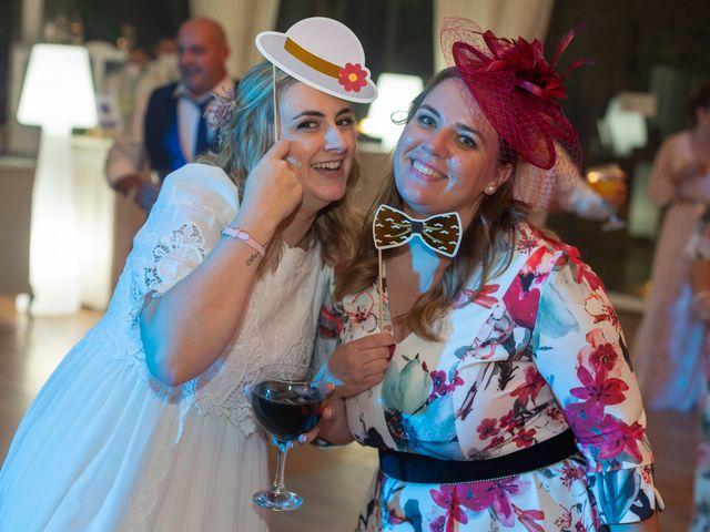 La boda de Carlos y Emma en Viveiro (Casco Urbano), Lugo 45