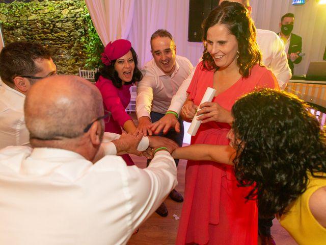 La boda de Carlos y Emma en Viveiro (Casco Urbano), Lugo 47