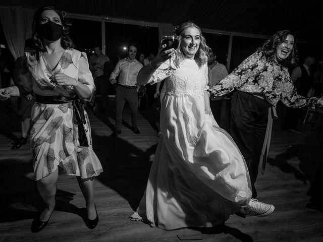 La boda de Carlos y Emma en Viveiro (Casco Urbano), Lugo 50