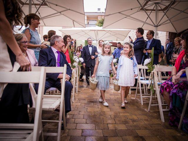 La boda de Albert y Eva en La Riera De Gaia, Tarragona 60