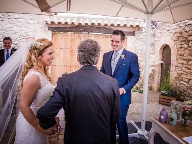La boda de Albert y Eva en La Riera De Gaia, Tarragona 65