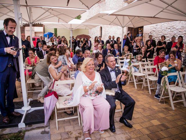La boda de Albert y Eva en La Riera De Gaia, Tarragona 75