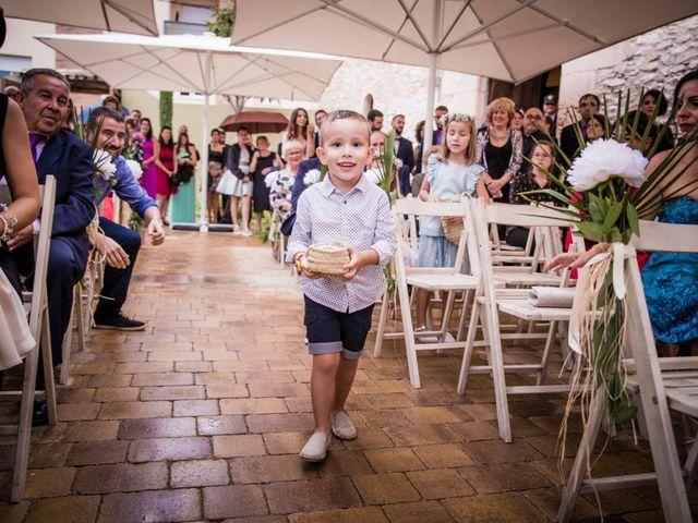 La boda de Albert y Eva en La Riera De Gaia, Tarragona 77