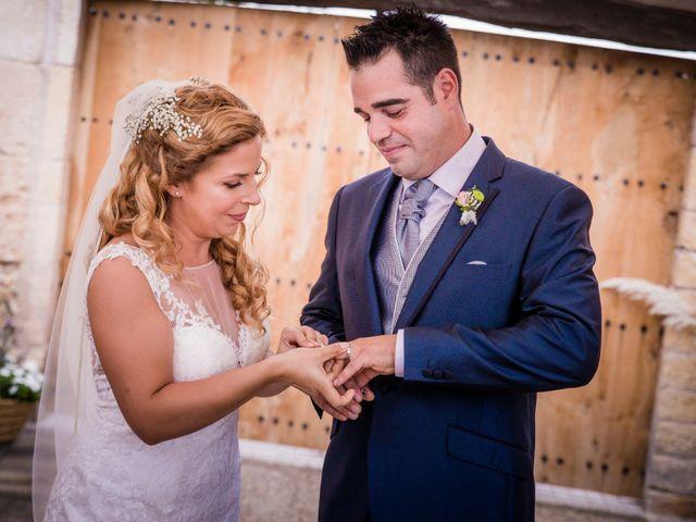 La boda de Albert y Eva en La Riera De Gaia, Tarragona 79
