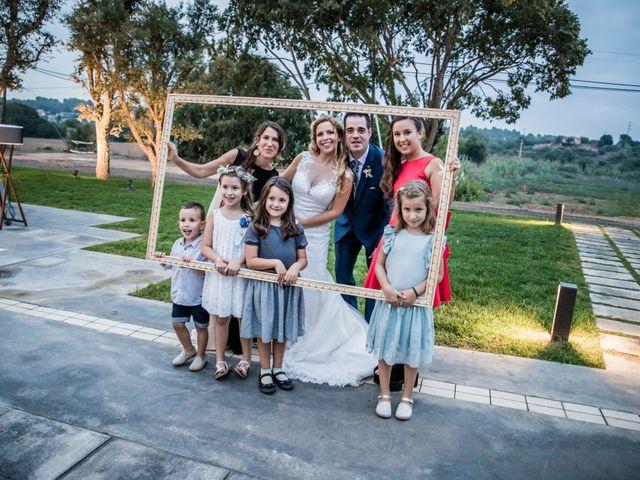 La boda de Albert y Eva en La Riera De Gaia, Tarragona 123